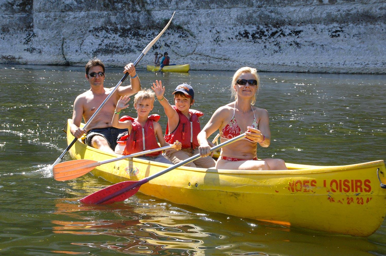 canoes-famille-quatre-roche